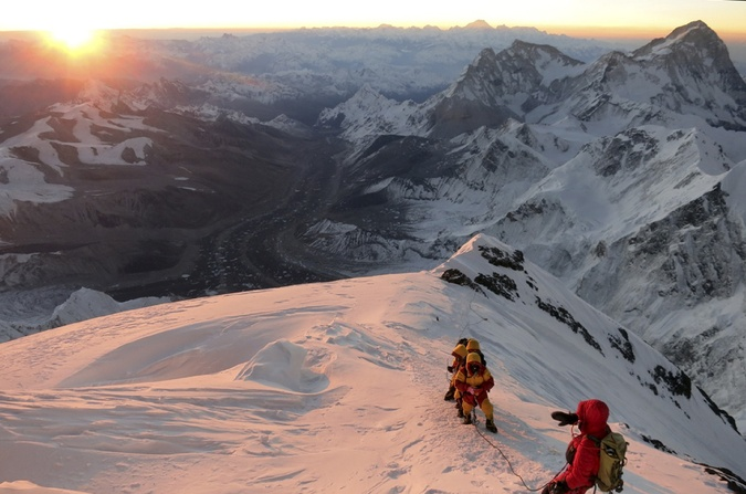Sherpas durante el ascenso al Monte Everest