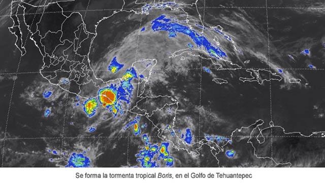 La tormenta tropical Boris avanzando por la costa sudoeste de México el 4 de junio 2014