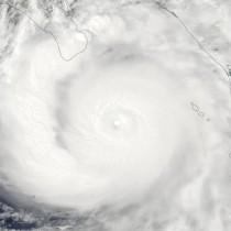 Huracán categoría 3 Odile  fotografiado por el MODIS de la NASA el 14 de septiembre de 2014